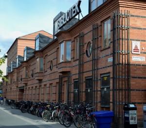 Stadsbiblioteket mot S:t Olofsgatan. Foto: Uppsala kommun