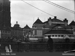 Saluhallen som den såg ut innan ombyggnationen. Troligtvis 1910-tal. Foto: Ossian Wallin