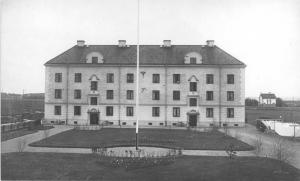 Föreningshus, Brf Ymer på Väderkvarnsgatan 39 A-B från 1924. Ymer var ett av Uppsalas första föreningshus och det första som byggdes i Fålhagen.